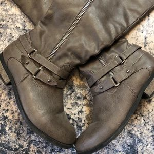 Rampage Gray Boots